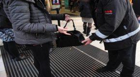 Contrôle de sécurité : fouille corporelle, vérification d'un sac, du véhicule…