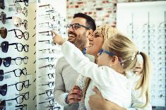 Bientôt le remboursement intégral de certaines lunettes, prothèses dentaires et aides auditives