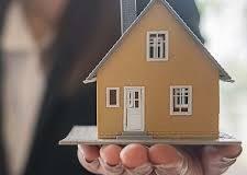 J'ai acheté un terrain en janvier et ai déposé un permis de construire pour ma maison le 5 mars, savez-vous si je peux avoir la réponse pendant le confinement ?