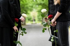 Face à l'épidémie, les règles funéraires évoluent