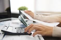 Prestations sociales et minima sociaux versés à tort : comment rembourser ?