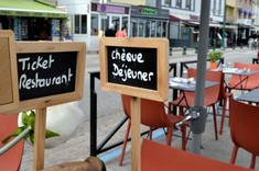 En terrasse et bientôt en intérieur, vos tickets restaurants 2020 sont utilisables jusqu'au 31 août 2021